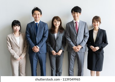 portrait of asian business group
