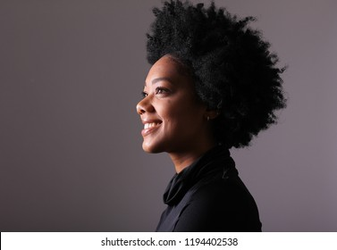 Portrait of a beautiful afro woman