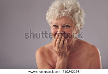 older women suomalaiset alasti