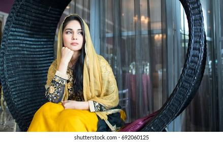 Pics pakistani wife Top 15