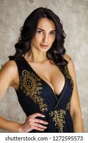 Girl sexy arab Hot Saudi