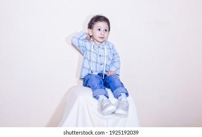 portrait of a boy, portrait of a child, portrait of a cute child, portrait of a little boy