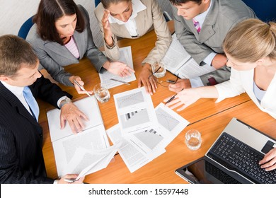 Portrait of businesspeople planning project it meeting