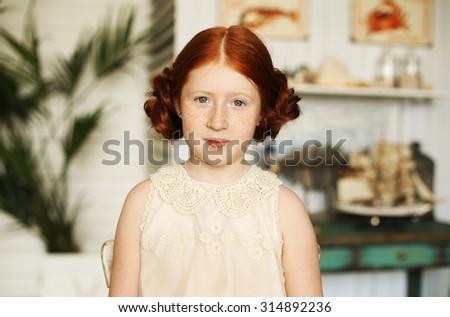 Ivory champagne flower girl dresses