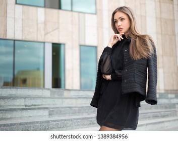 Portrait of elegant high fashion brunette beauty.
