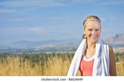 Portrait of a fit and healthy woman (with copy space)