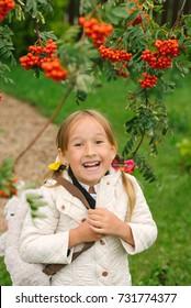 portrait of girl outdoor
