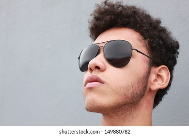 Portrait of a handsome young man whit sunglasses