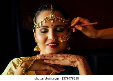 Sindoor Images, Stock Photos & Vectors | Shutterstock