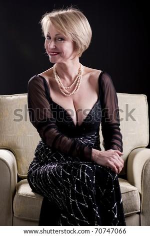 justine Mature lady