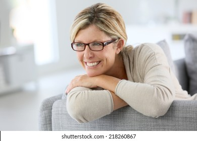 Portrait of mature woman wearing eyeglasses