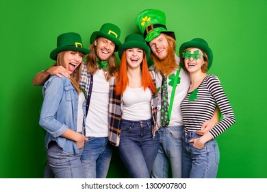 Portrait of nice lovely adorable attractive cheerful cheery ecstatic positive bonding group guys girls eyewear eyeglasses having fun isolated over bright vivid shine background