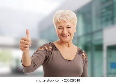 old lady images, stock photos & vectors | shutterstock