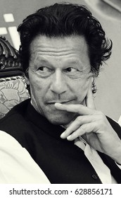 Portrait - Pakistan Tehreek-e-insaf chairman Imran Khan smiling in the youth convention 06/04/2013