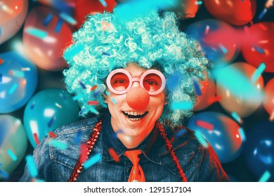 Portrait of party man in wig and glasses (Carneval)