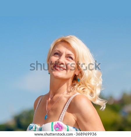 Such mature blonde sandy