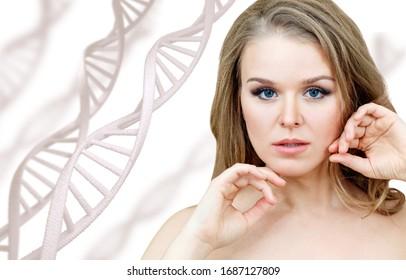 Porträt einer sinnlichen Frau unter weißen DNA-Ketten. Auf weißem Hintergrund.