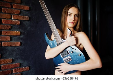 guitar-photos-with-nude-girls-engorged