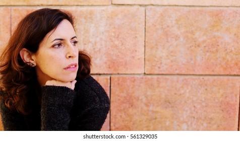 45 year old brunette 🎉 Brunette: 326,239