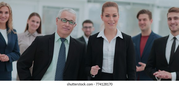 Portrait of smiling business people in the modern office
