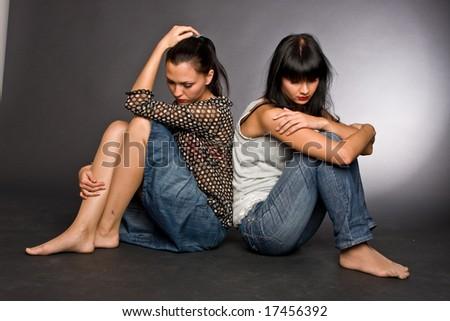 Lesbo Twin Sisters seksiätiukka pillua Teini-ikäiset videot
