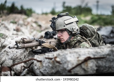 portrait of united states soldier at battle field
