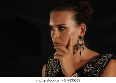 portrait of the woman with beauty face - isolated on black