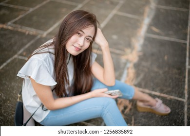 Portrait woman in floor
