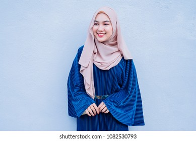 Portraiture of beautiful young Muslim Girl wearing hijab and Casual outfit.