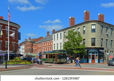 PORTSMOUTH, NH, USA - AUG 18, 2014: Historic buildings on Market Street at Market Square in downtown Portsmouth, New Hampshire, USA. Market Street is an 18th-century commercial path connect waterfront
