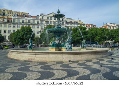 Portugal, city Lisabon, urban street, houses, waterfall. 2014 Travel photo.