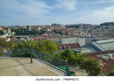 Portugal, Lisabon, city park, roofs.