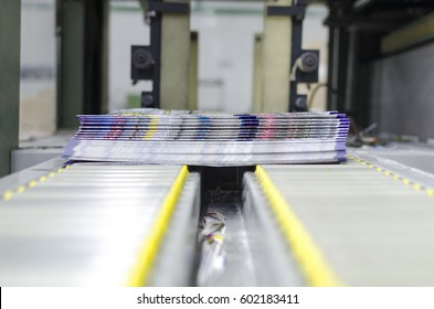 post press finishing line machine: cutting, trimming, paperback and binding