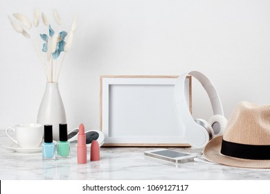 Girls Room Posters Stock Photos Images Photography Shutterstock