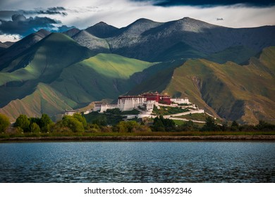 Potala Palace - in focus