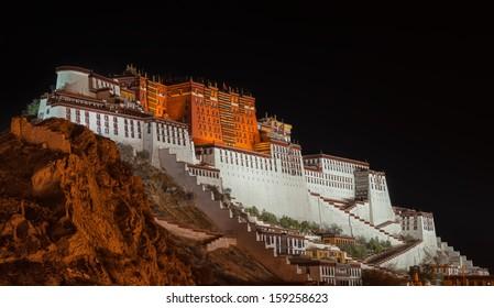 Potala palace in Tibet at night