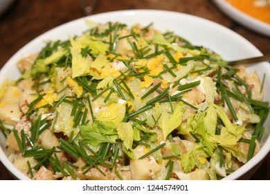 Potato and chive cold salad