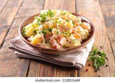 potato salad with salmon and sauce