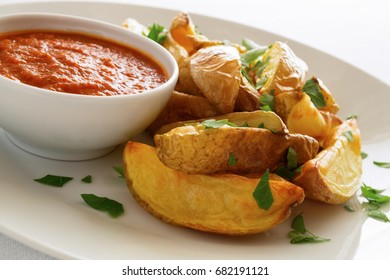 potato with tomato sauce