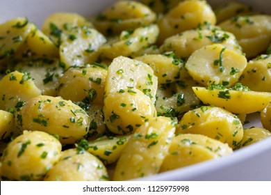 Potatoes with herbs