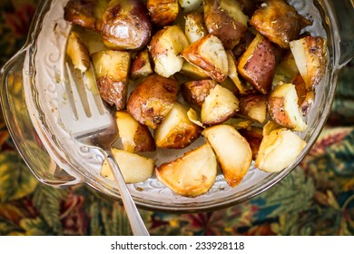 Potatoes Sauteed with Garlic and Parsley