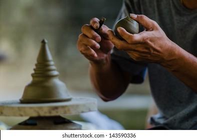 Potter's clay, Craftsman, Sculpture, Handcraft