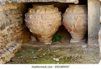 Pottery in Phaistos, Phaestos, Festos a Bronze age archeological site from the Minoan culture in Crete, Greece
