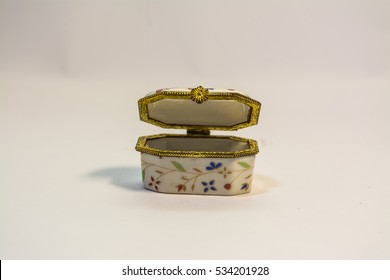 Pottery small box