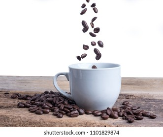 Pour the coffee beans into the glass