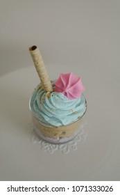 Powder blue - powder pink cupcake