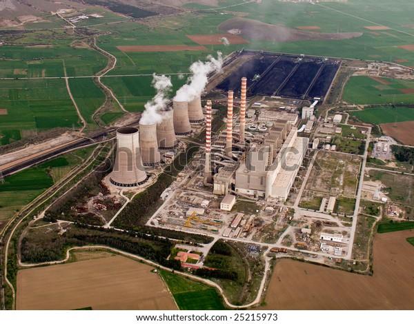 Vista aérea de la central eléctrica