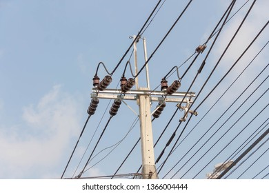 Imágenes, fotos de stock y vectores sobre 220 V | Shutterstock on ground and neutral, electric motor, junction box, power cord, knob-and-tube wiring, three-phase electric power, wiring diagram, extension cord, distribution board, circuit breaker, electrical conduit, electric power distribution, alternating current, earthing system, national electrical code, electrical engineering, power cable,