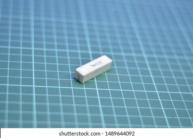 Power resistors that withstand heat