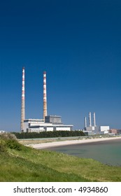 Power Station Cooling Chimneys